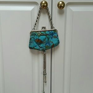 Guess all credit card purse